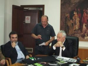 A destra: il sindaco Nino Garozzo e a sinistra Orazio Micalizzi