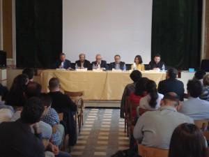 Al tavolo: Giuseppe Giordano, Cesare Natoli, Dino Calderone, Giuseppe Gemillo, Sara Zurletti, Vittorio Massimo Majuri
