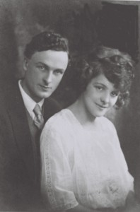 Delia___Tom_s_engagement_photo_1924