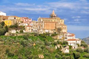 La cittadina di Naso, in provincia di Messina, che diede i natali a Ignazio Perlongo