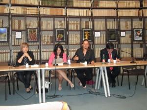 Al tavolo: M: Cristina Torrisi, Vavy Glibert Mineo, Susanna Basile, Giovanni IozziaFoto di Francesco Marano
