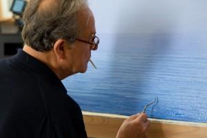 Piero-Guccione-al-lavoro-nel-suo-studio-